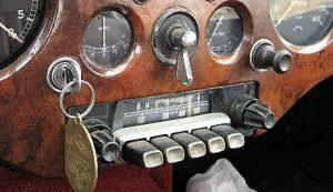rm-202x-detail-in-jaguar-xk-140-a815459bw